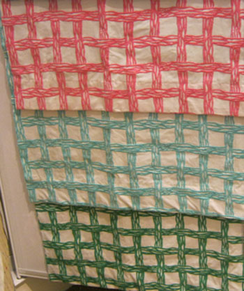 Here are some of the other colors the pattern is available in:  green and a soft acqua
